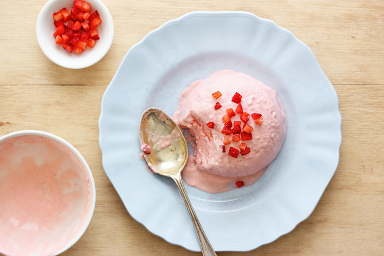Strawberry-semifreddo.jpg