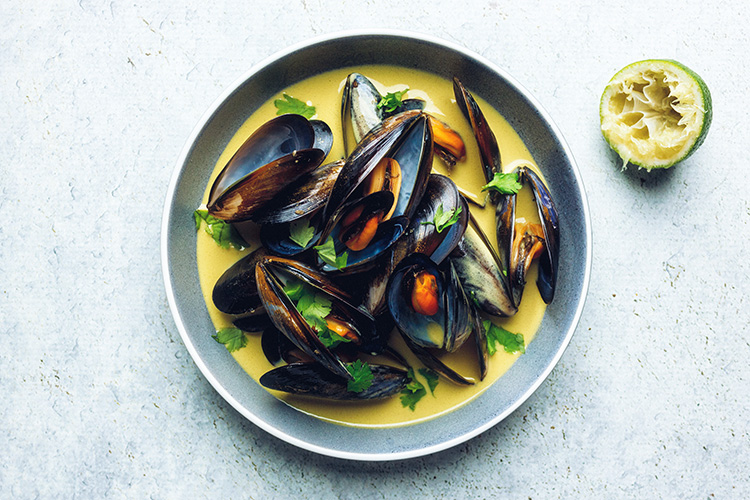 Coconut and saffronn mussels.jpg