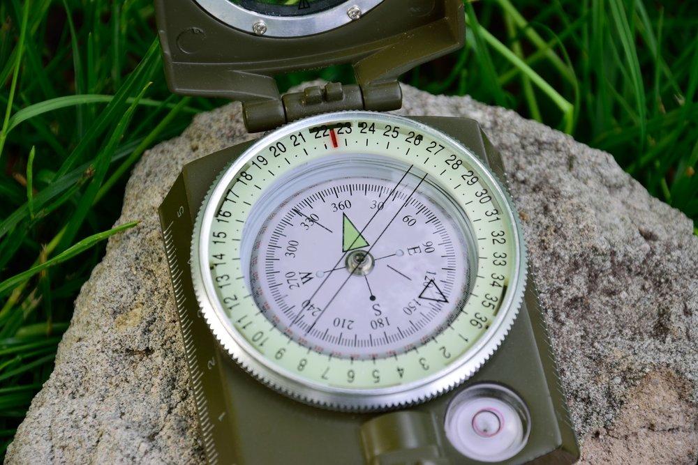 compass-1442374_1920.jpg