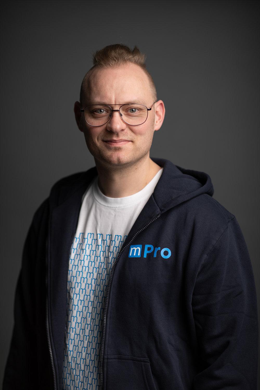 Christian Lund   Hardware Installation Specialist, AV