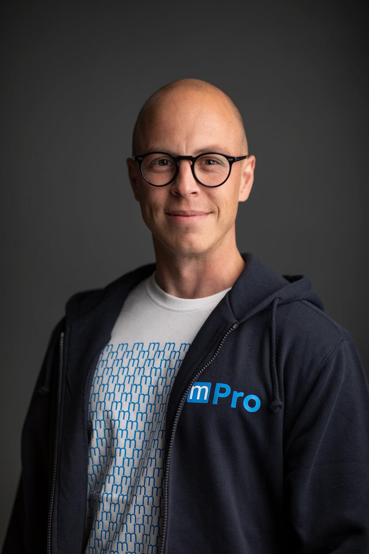 Ben Bergman   Sales Manager, AV1    ben.bergman@multitronicpro.fi   +  358 (0)20 730 5737