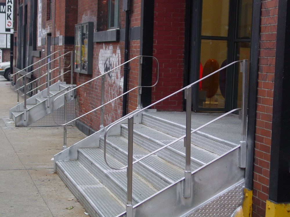 Stainless Steel Step Rail