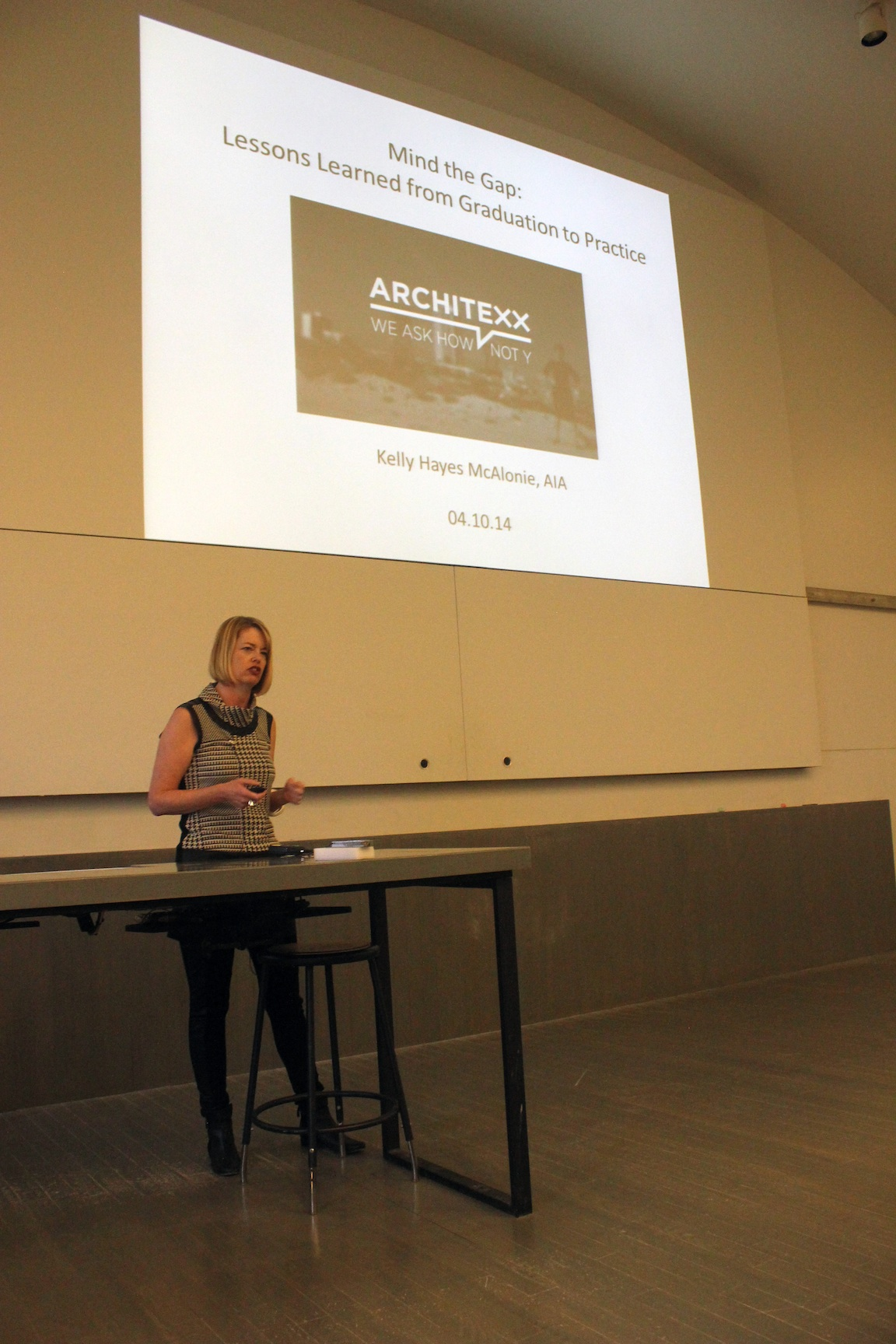 Kelly Hayes McAlonie begins the lecture with her advice for the intern architect.