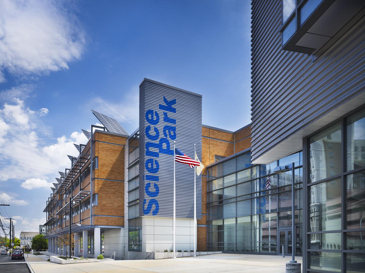 Newark Science Park High School, EYP Architecture & Engineering