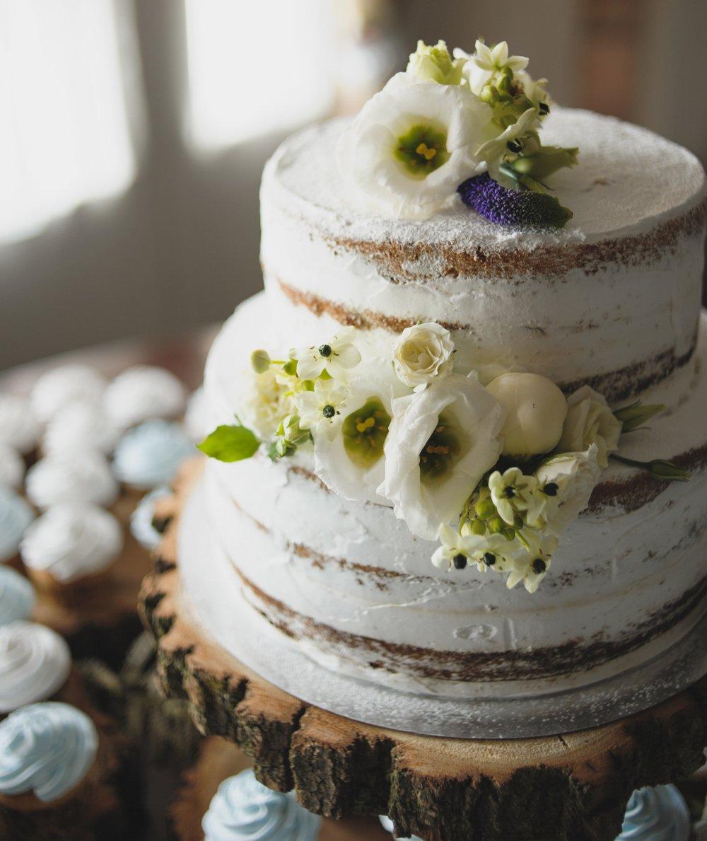 halfnaked-cake-koeln.jpg