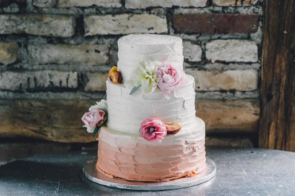 Cremetorten für eure Hochzeit - Wir backen euch leckere Cremetorten für eure Traumhochzeit.