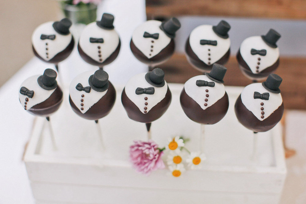 080 Cakepops.jpg