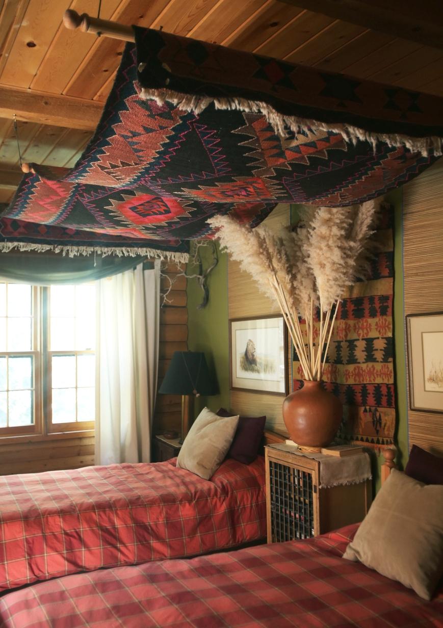 @themodhemian house tour: Masculine Bohemian Cabin Chic