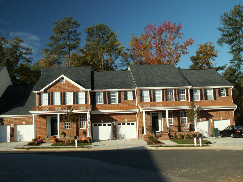 Georgian Village and Cary Park Townes - Cary, North CarolinaKeystone's Georgian Village and Cary Park Townes is a subdivision consisting of 34 large 2,000-2,500- sq. foot townhomes and 80 medium-sized 1,500-2,000sq. foot townhomes.