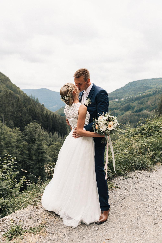 232-ltw-eva-kris-wedding.jpg