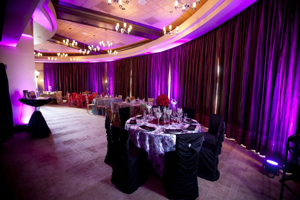 purple uplighting at platinum hotel