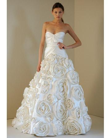 3210a6ae1a8c1e57_monique_lhuillier_wedding_dresses_2011.jpg