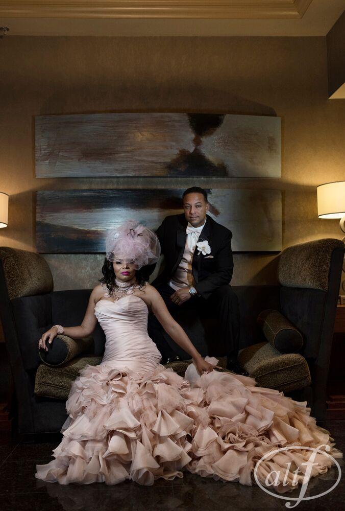 Bride and groom luxury wedding las vegas