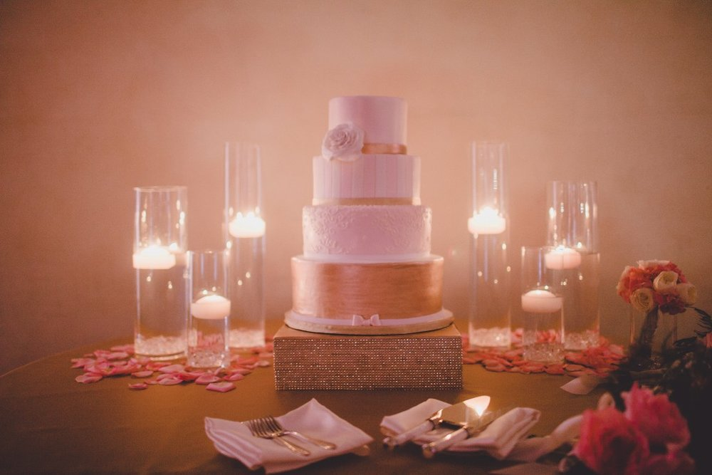 blush-pink-wedding-cake