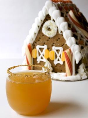 Gingerbread-Apple-Cocktail-medium-new