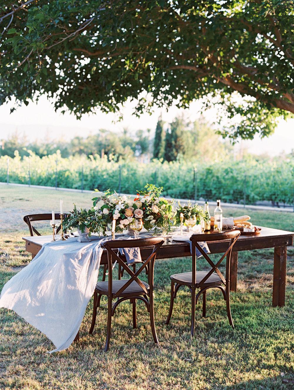 pantone-color-of-the-year-greenery-las-vegas-winery-wedding