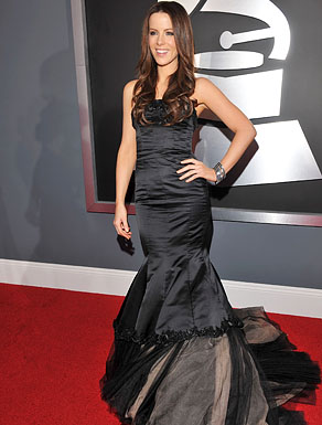 Actress Kate Beckinsale arrives to the 51st Annual GRAMMY Awards