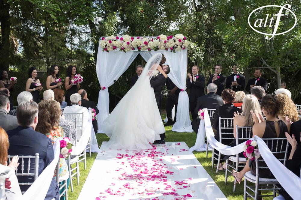 las-vegas-backyard-wedding.jpg