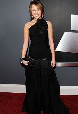 Miley Cyrus arrives to the 51st Annual GRAMMY Awards at the Stap