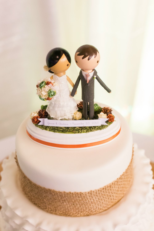 wedding-cake-topper-figurine