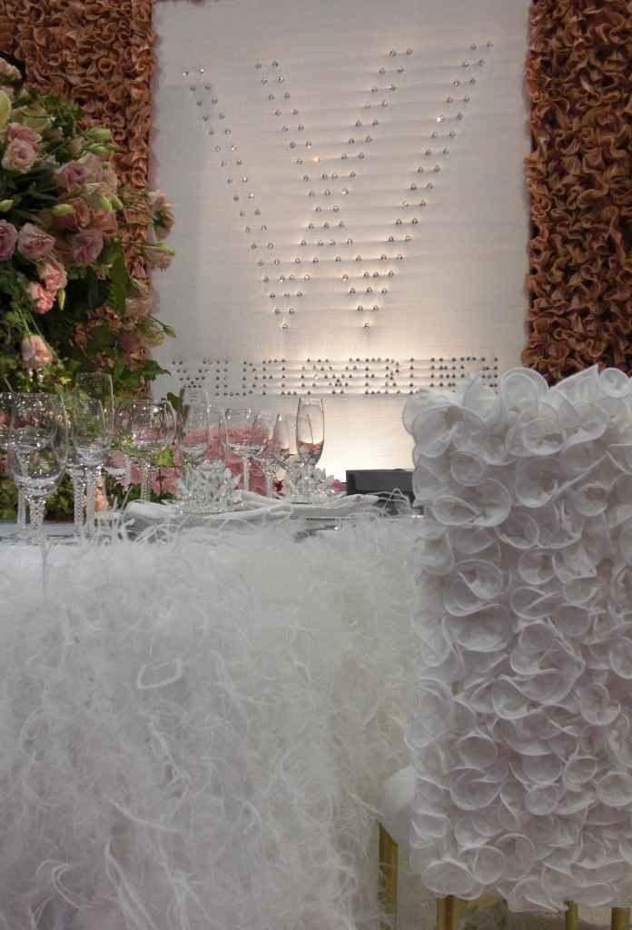wildflower-linen-booth