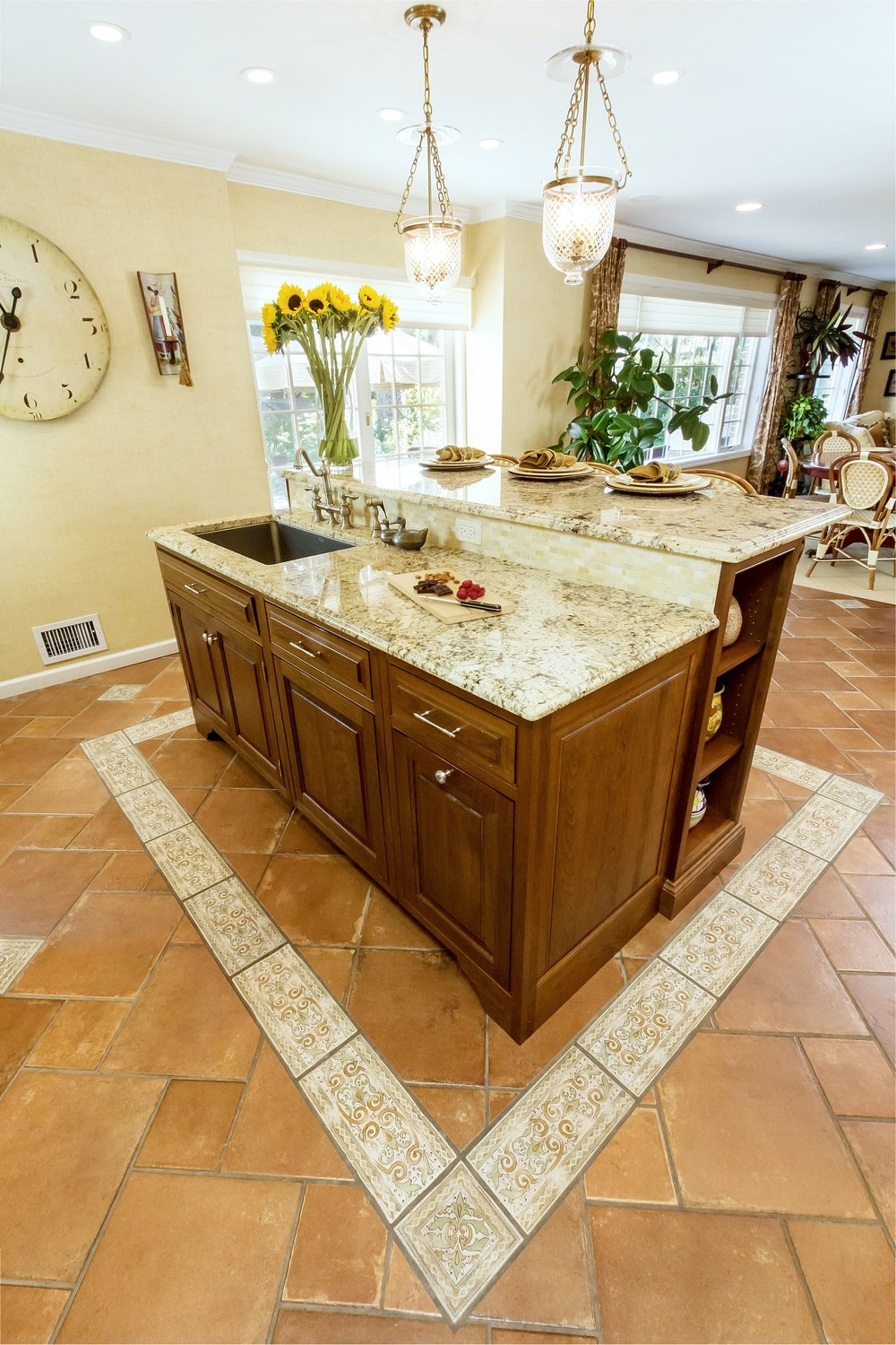Traditional style kitchen island with two levels