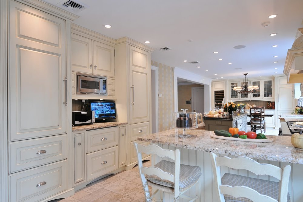 Traditional style kitchen with beautiful marble floors
