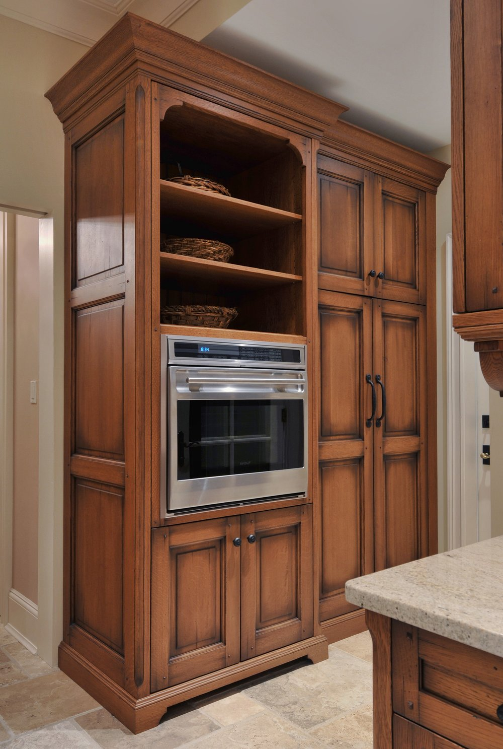 Traditional style kitchen with large and spacious cabinets