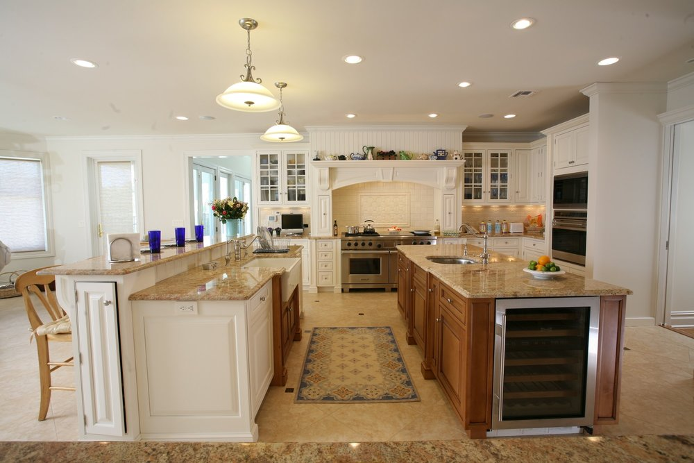 Traditional style kitchen with 2 long kitchen island