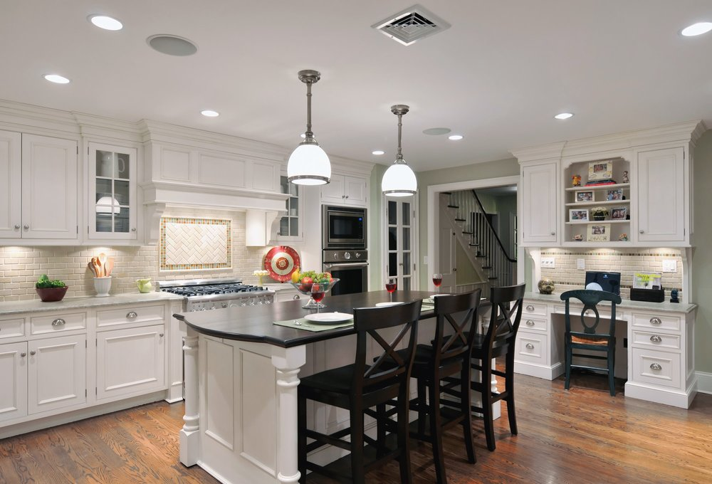 Traditional style kitchen with ebony wood countertop