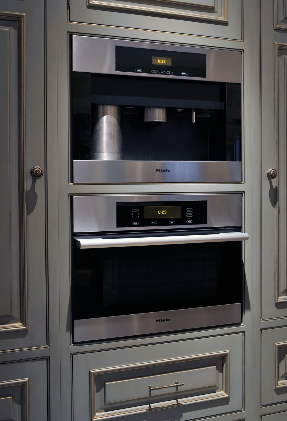 Traditional style kitchen with speed cooking oven