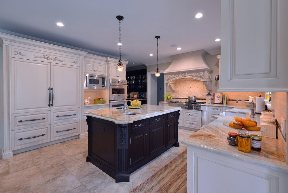 Traditional style kitchen with spacious and tiled floors