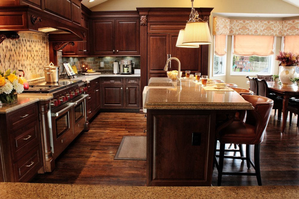 Traditional style kitchen with sleek wooden cabinets