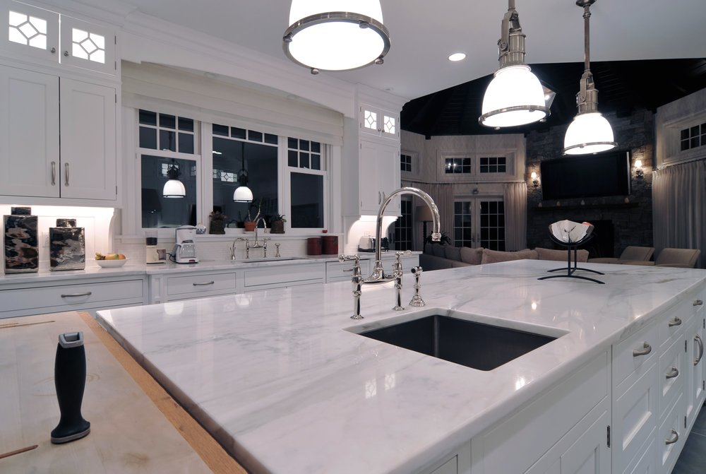 Traditional style kitchen with double hand faucet