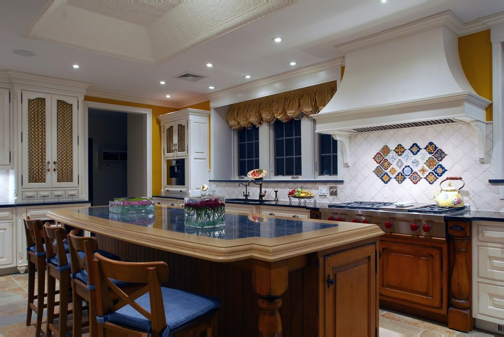Traditional style kitchen with wood laminate countertop