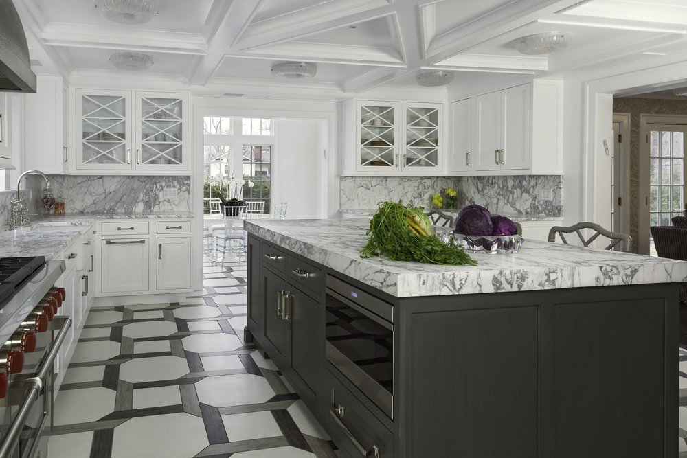 Transitional style kitchen with two toned color