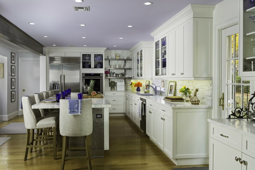 Transitional style kitchen with open shelves storage