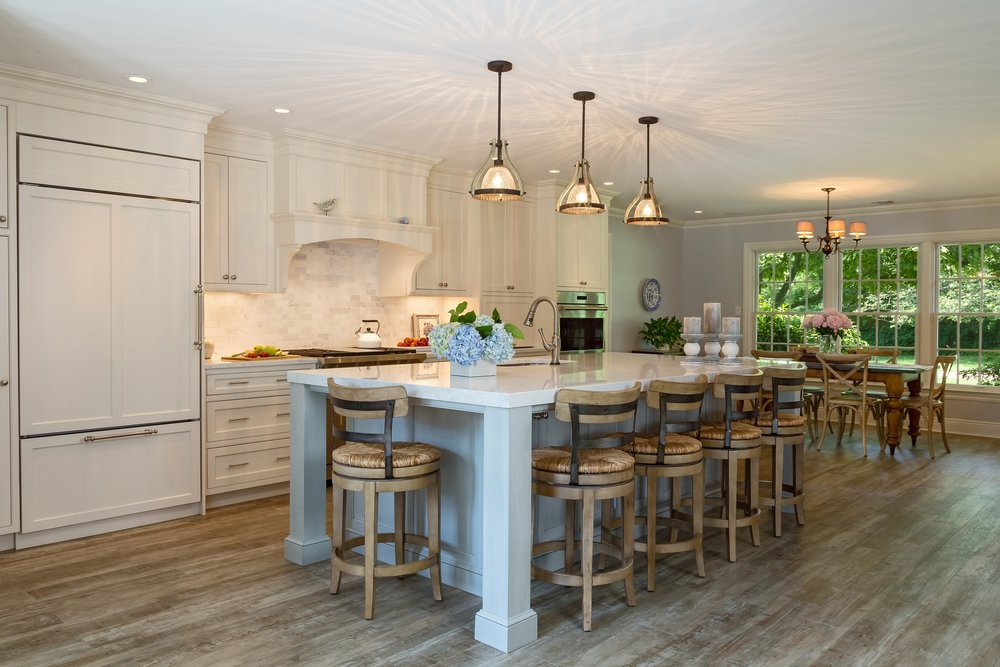Transitional style kitchen with hardwood floor