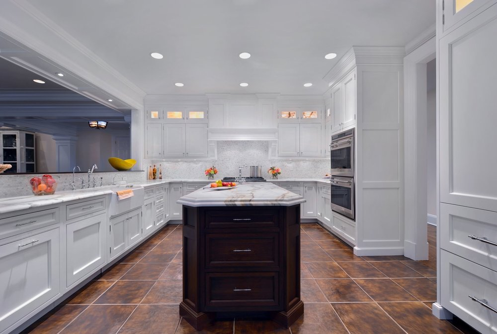 Transitional style kitchen with spacious and tiled floors