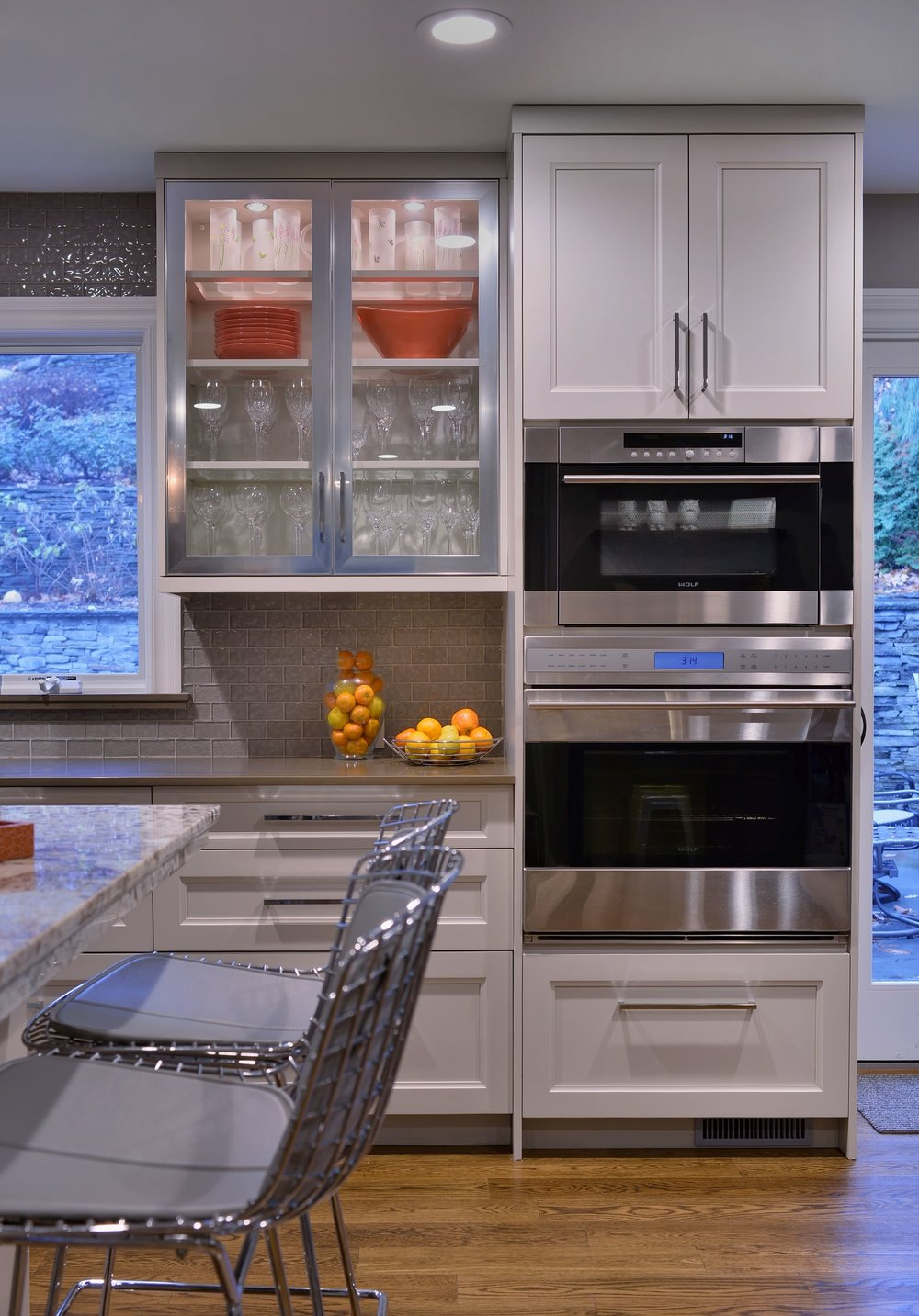 Transitional style kitchen with upper cabinet and speed cooking oven