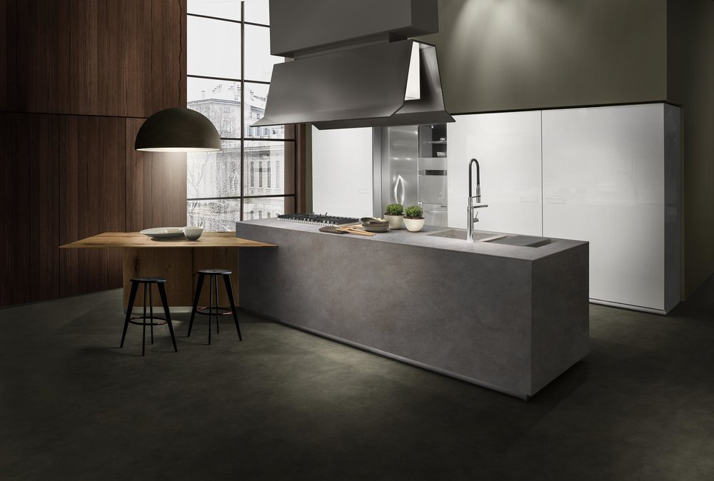 Contemporary style kitchen with single hand faucet