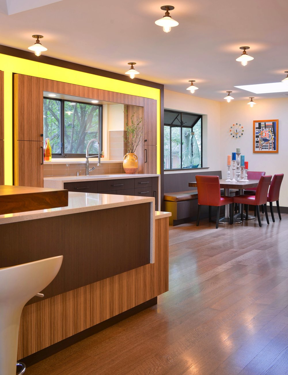 Contemporary style kitchen with couch and breakfast table