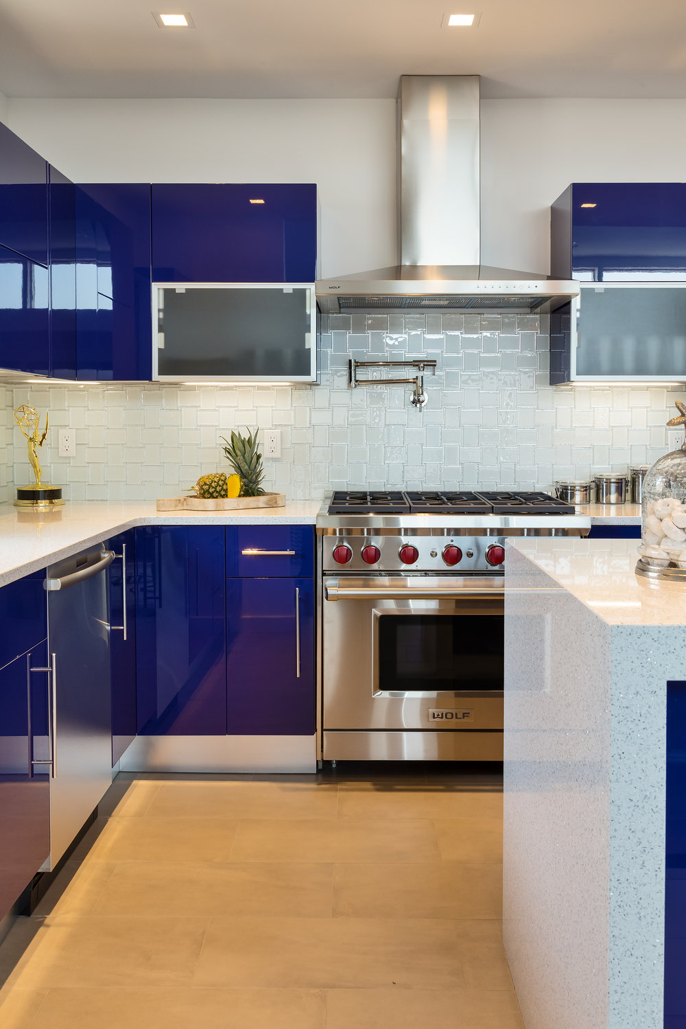 Contemporary style kitchen with stainless steel range oven