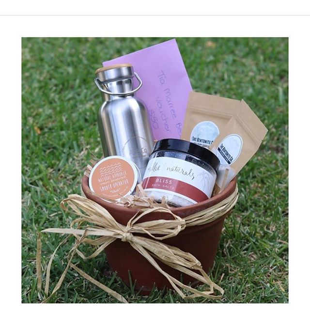 Spoil Me - Mothers Day Hamper  Who doesn't LOVE to be pampered?! We have put together some beautiful items for your mum to be spoilt this Mother's Day. This 'Spoil Me' hamper contains a selection of items sourced from local businesses in the Mildura region.They include:  Natural Approach- cream deodorant (50 grams) The Bentonite Co. Raw Bentonite Clay Mask (40 grams) The Bentonite Co. Sweet Coconut and Charcoal (40 grams) Mallee Naturals Bliss Bath salts AS & Co. Gracefully Green - stainless steel drink bottle $50 Tia Maree beauty voucher Beautiful terracotta pot for mum to row her favourite plant FREE personal delivery in the Mildura Region Delivery options available outside of Mildura, Victoria. Please message for a quote.  R.R.P. $140.85, special price of $119.95.  Orders & payment must be received by Tuesday 7th May to secure your purchase.  Hampers numbers are limited so don't miss out on this amazing offer!!
