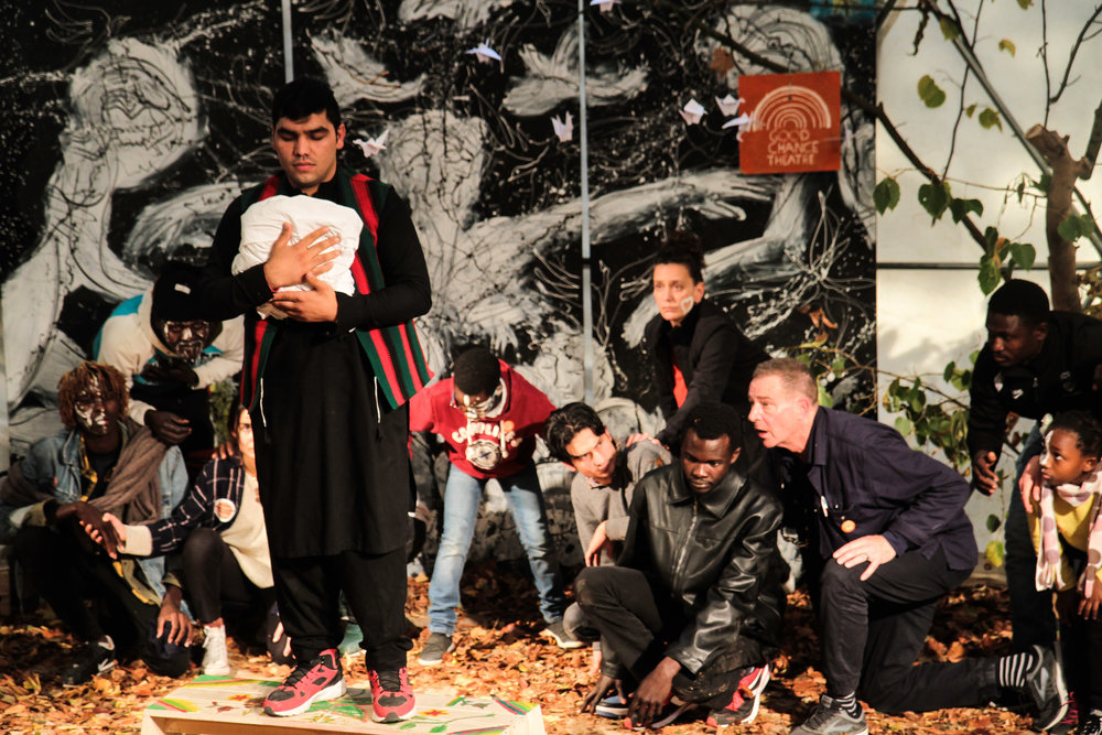 Abdul leads a scene in the Hope Show. Photo by Raphaël Hilarion.jpg