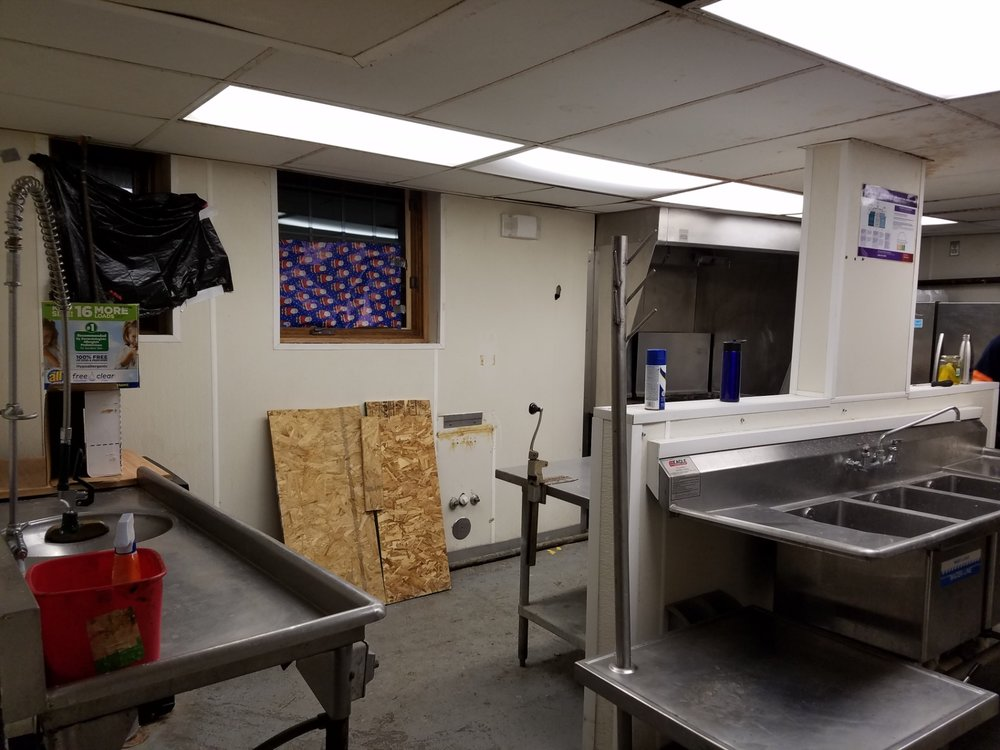 2017-2018_Kitchen_Renovation_1920_20171221_072531_pre-construction.jpg