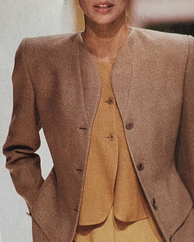 Giorgio Armani, autumnal inspiration 🍁 . . . . . . . . . . . #consciousfashion #slowfashion #madeinlondon #sustainablefashion #ethicalclothing #ethicallymade #ethicallysourced #handmade #greenfashion #giorgioarmani #colourinspiration #workinprogress #smallbusiness