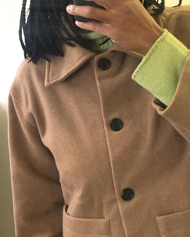 Me wearing the Josie jacket. A warmer and cozier version of our Anna jacket. Sourced from end of line here in London. 80% wool and 20%polyester. Handmade by our super talented seamstress Zeny.💜 We wanted to offer a wider range of sizes + reduce waste at the maximum, that's why we will provide from now on a pre-order system for all our new pieces.✨ Josie jacket available very soon on our website 🍁 . . . . . . #sustainablefashion #slowfashion #ecoconscious #ethicalclothing #ethicallymade #workinprogress #smallbusiness #consciousfashion #greenfashion #sustainableliving #changeyourmindset #fashionrevolution #handmade #madeinlondon
