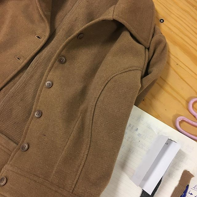 We were not fully satisfied with the first version of the Josie Jacket so we made some changes to it. It took some time, more than initially planned and we are now almost officially in winter but hey this is Slow fashion right? Ready to pre-order in a couple days ⭐️ Handmade from end of line, 80% Wool . . . . . . #slowfashion #sustainablefashion #sustainableliving #ethicalfashion #ethicallymade #greenclothing #ecoconscious #handmade #consciousfashion