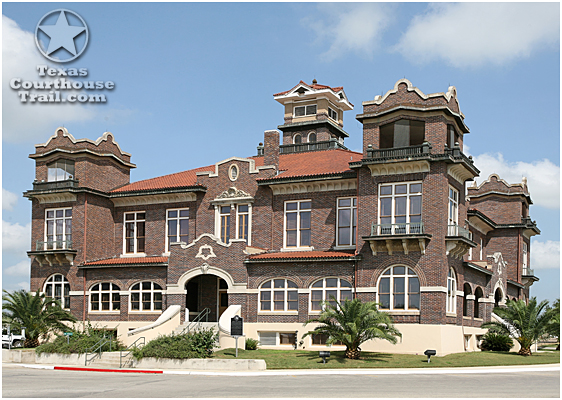 Atascosa COunty Courthouse